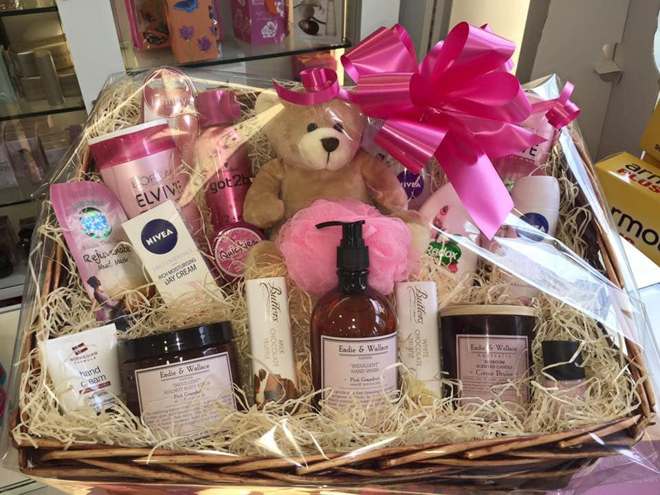Gift baskets for mother