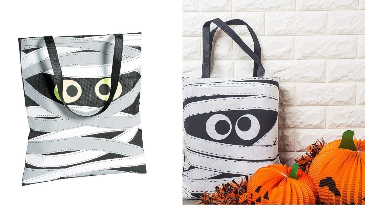 Tote bags with Egyptian mummy in bandages printed on can be given as Halloween gifts and candy collector.